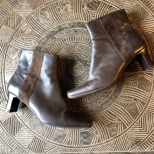 CLARKS Brown Leather & Suede Heeled Booties Size 7